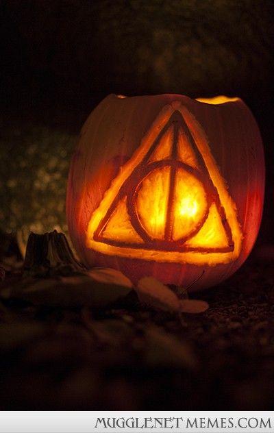 26 Jack O Lanterns Inspired By Your Favorite Books Harry Potter Pumpkin Carving Harry Potter Pumpkin Halloween Pumpkins Carvings