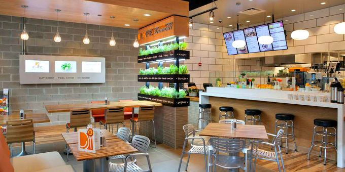The 10 Hottest Fast Casual Chains In Los Angeles Healthy Fast Food Restaurants Fast Healthy Meals Healthy Restaurant