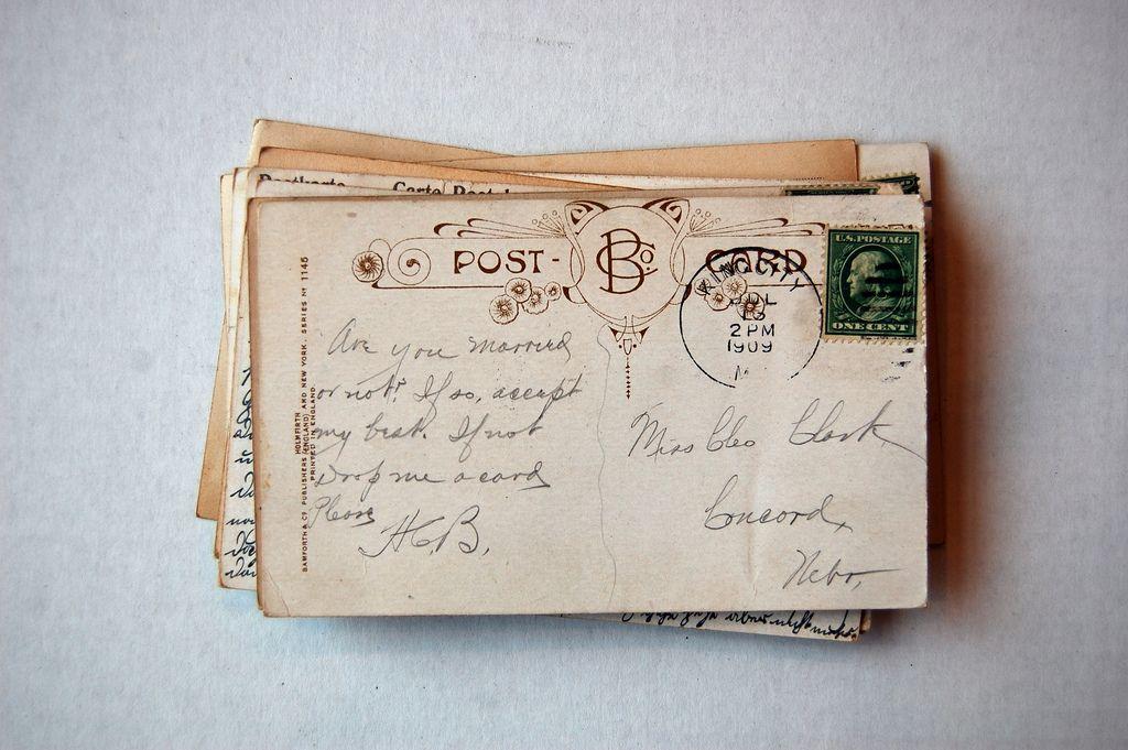 C H A R D O N E T T E  Letters Handwriting Stationery