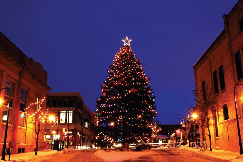 Downtown Traverse City Christmas image - Downtown Traverse City Christmas Image Christmas Traverse City