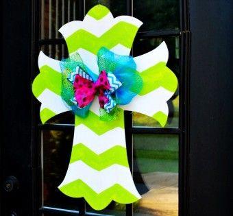 2015 Scarecrow Thanksgiving Wooden Door Hanger Crafts - Cute decor for Thanksgiving - LoveItSoMuch.com