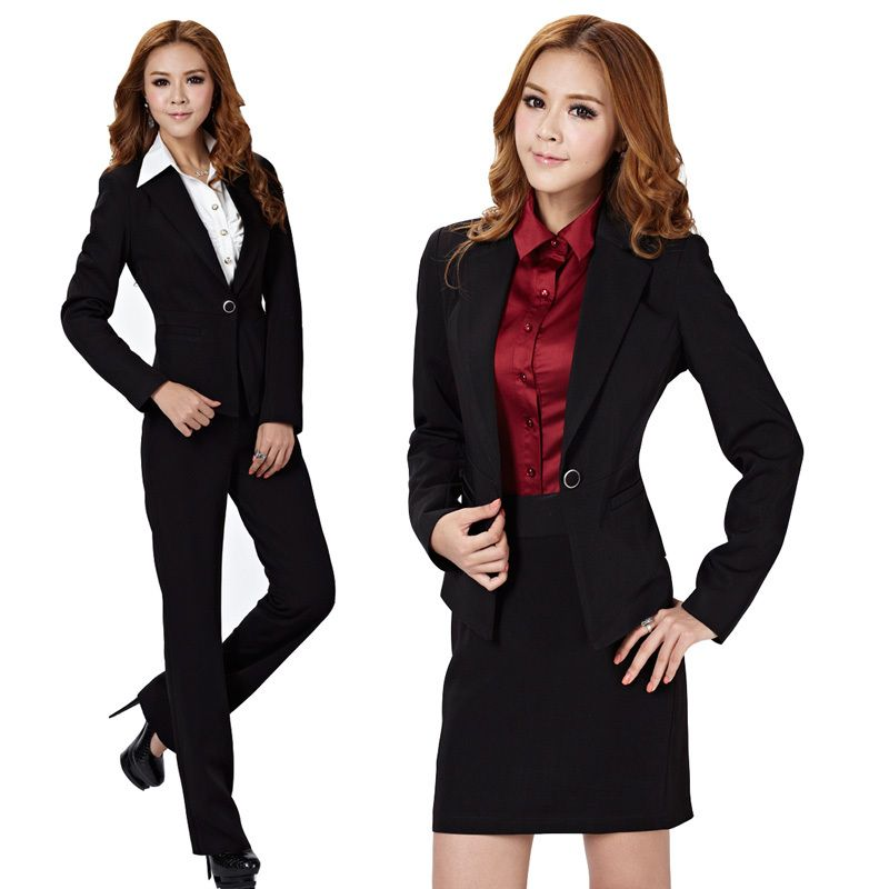 Get ready for the 9 to 5 with women's business attire from Kohl's. You'll look your best and feel confident in our selection of women's professional attire. Many brands at Kohl's feature great selections for your workday wardrobe, including women's Simply Vera Vera Wang career attire and Apt 9. women's business attire.