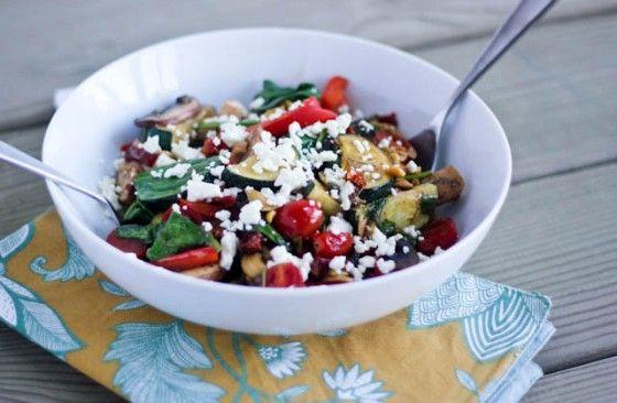 Balsamic Greek Veggie Bowl via @Cassie | Bake Your Day