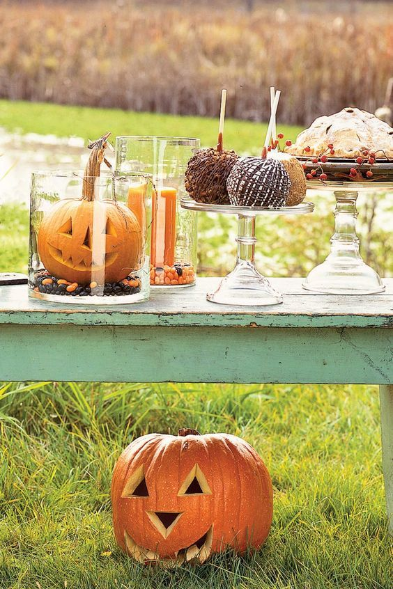 56 Fun and Festive Halloween Party Decoration Ideas Halloween - halloween party centerpieces ideas