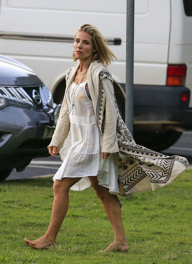 223261eb4 Elsa Pataky is barefoot Boho beauty at party in the park in Byron ...
