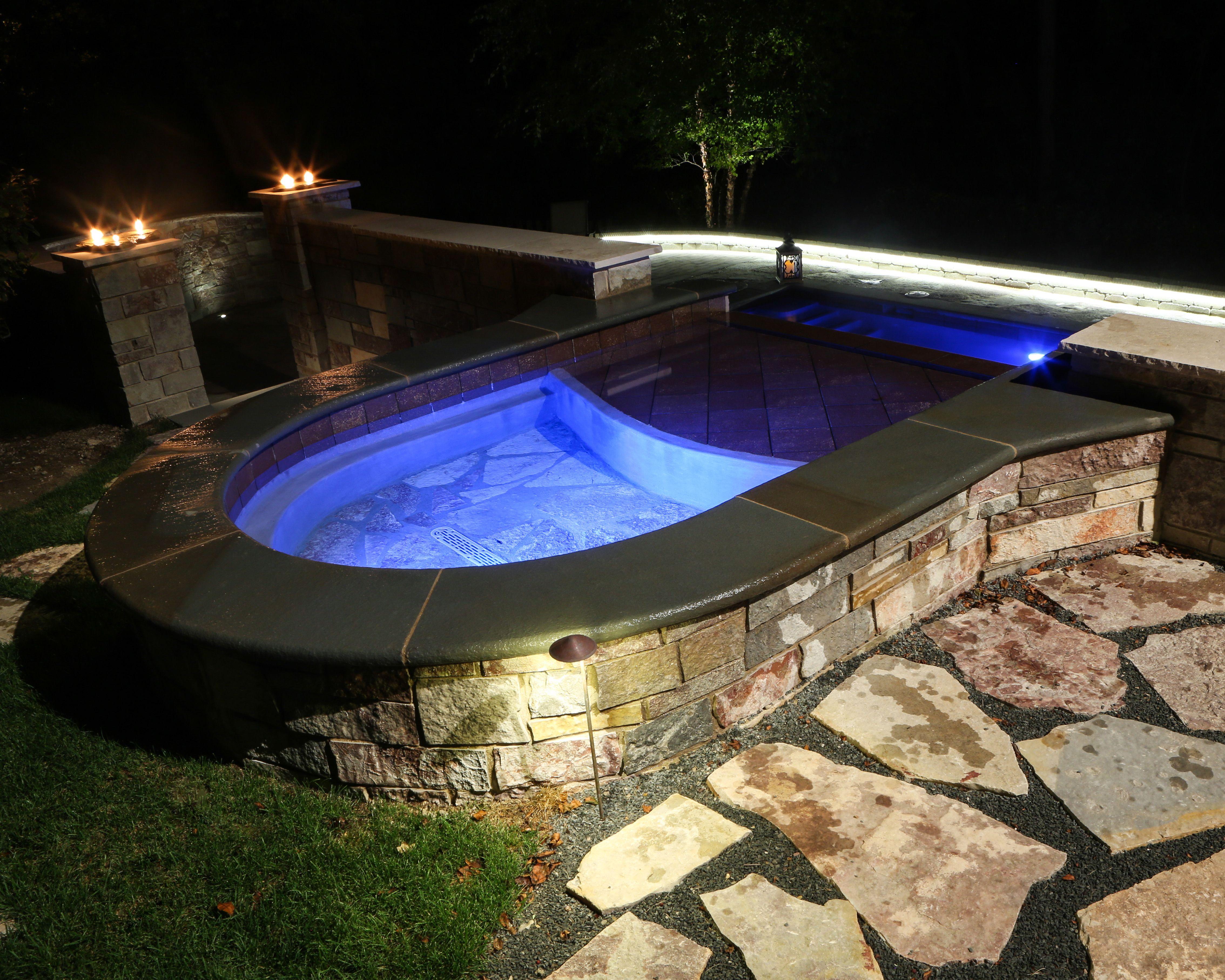 Grayslake, IL - custom pool and spa - Quantus Pools  quantuspools.com 847-907-4995