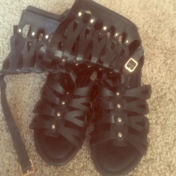 Black sandals Gently used Shoes Sandals