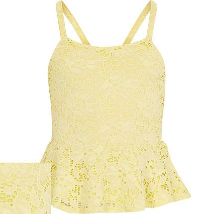 Girls yellow lace peplum top €16.00