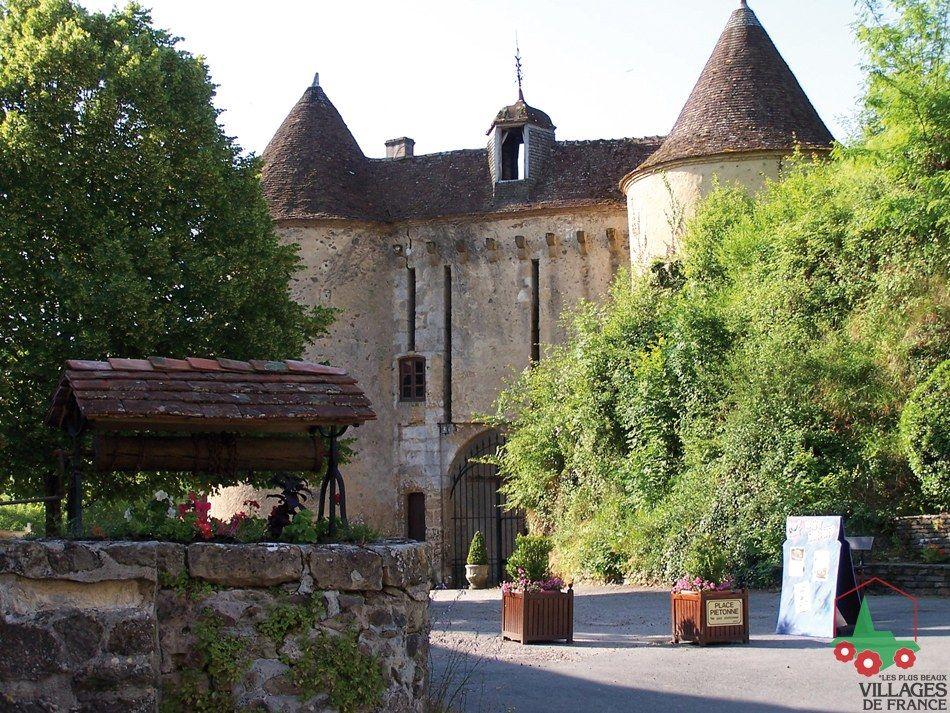 Gargilesse-Dampierre   Les plus beaux villages de France - Site officiel   Chateau france, France, Beautiful villages