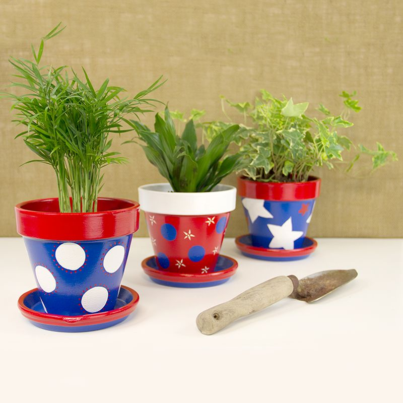 Diy Fourth Of July Flower Pots Flower Pot Crafts Clay Pot Crafts Painted Flower Pots