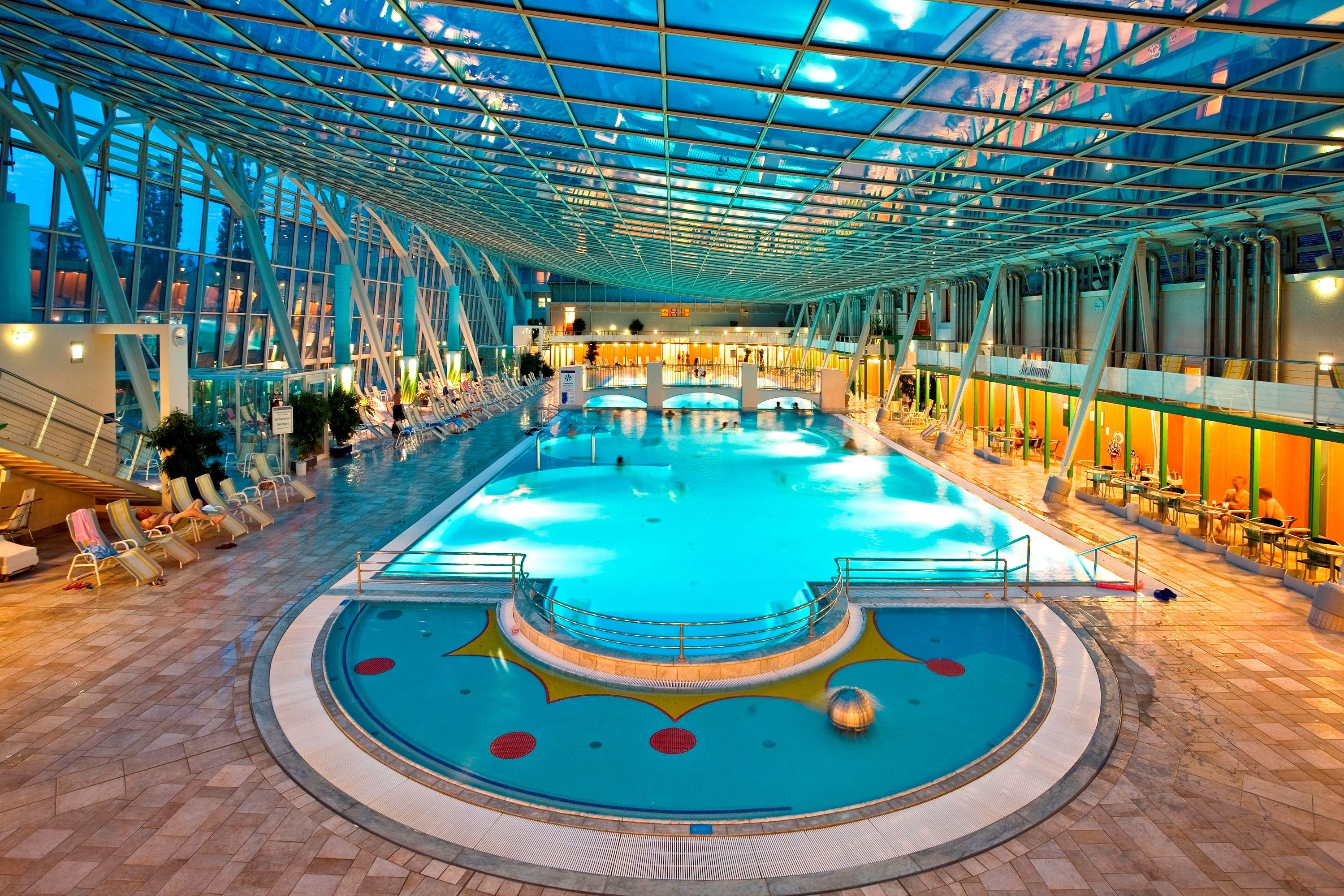 фото аквапарка вена левой ноге аллы