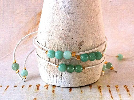 Three Aventurine Healing Crystal Bracelets di MirellaHammerJewelry