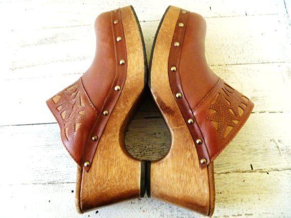 Vintage CANDIES Leather Studded WOOD Heel Clogs Shoes MULES Hippie Bohemian  Brown 9 - Vintage CANDIES Leather Studded WOOD Heel Clogs Shoes MULES Hippie