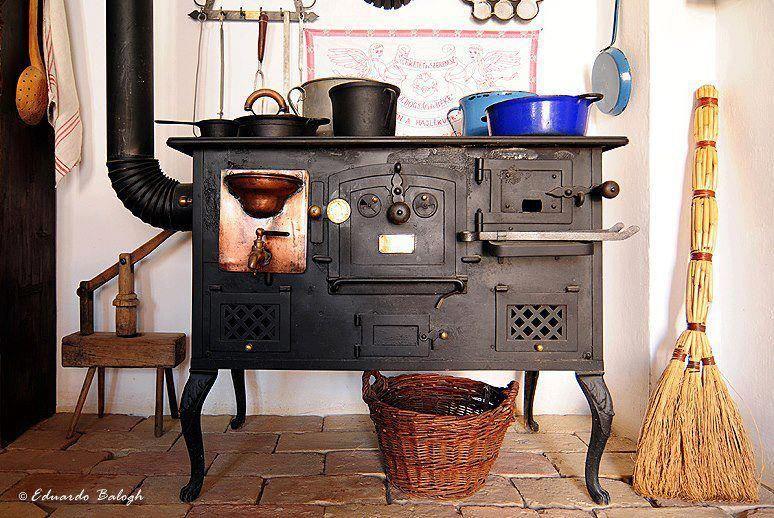 Antig a cocina de le a cocina le a pinterest le a - Cocinas de hierro a lena ...