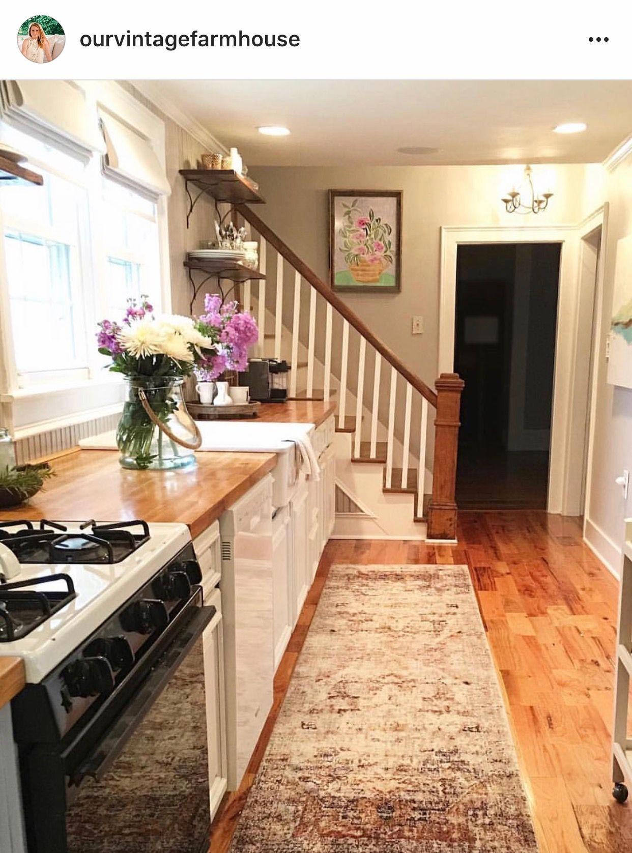 pin by kim on interiors kitchens kitchen interior interior design art vintage farmhouse on kitchen interior classic id=71537