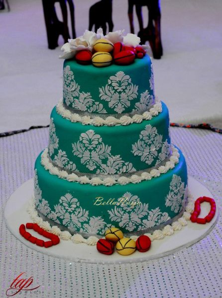 latest white wedding cakes in nigeria turquoise blue and white traditional wedding cake 16769