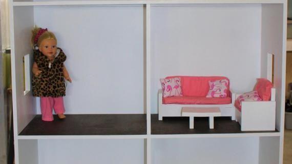 American Girl Dollhouse - Fits 18 Dolls #americangirlhouse Three Story American Girl or 18 Dollhouse | Ana White #americangirlhouse