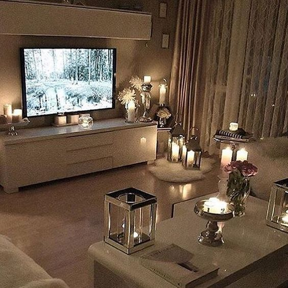 love all the lanterns and candles our new dream home pinterest wohnzimmer haus und zuhause. Black Bedroom Furniture Sets. Home Design Ideas