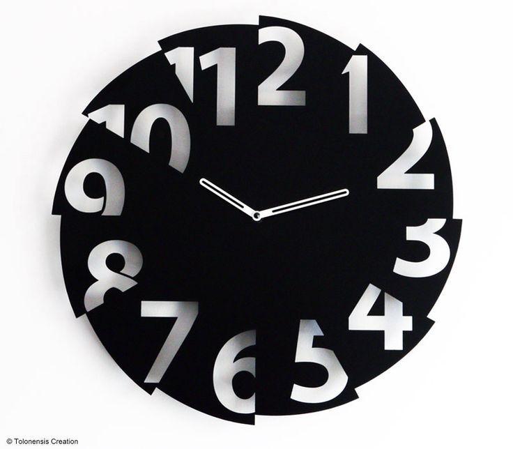 Uhrendesign GEBROCHENE ZEIT  Design clock BROKEN TIME