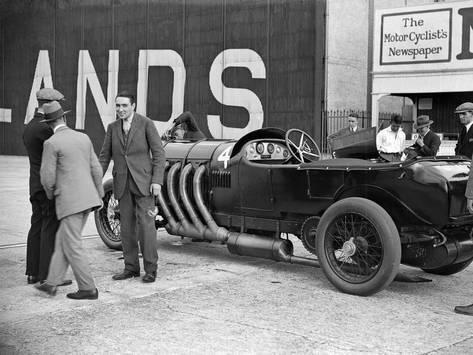 21.5 litre Benz of GK Clowes at a Surbiton Motor Club