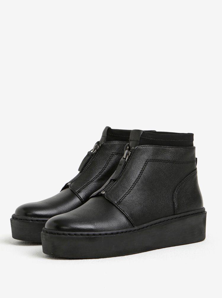 Čierne kožené členkové topánky na platforme so zipsom Tamaris  eefa7d1ce70