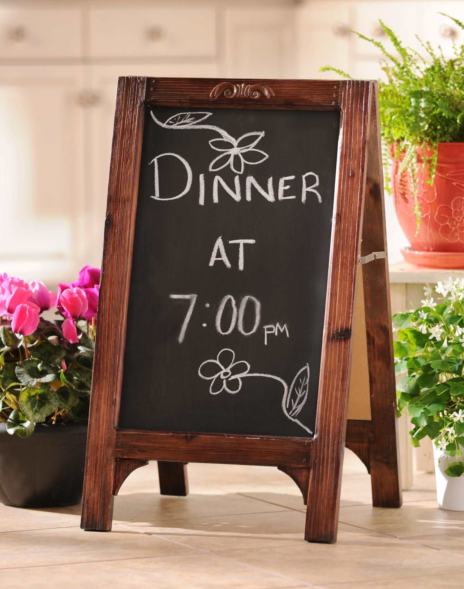 Chalkboard Easel | Chalkboard easel, Framed chalkboard, Easel on Easel Decorating Ideas  id=44219