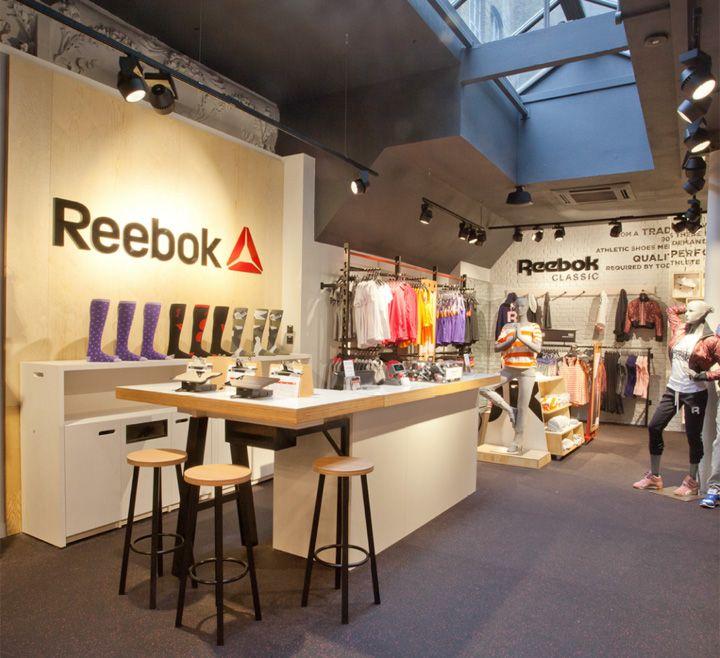 Sports store retail design shop interior sports for Retail interior designers in london