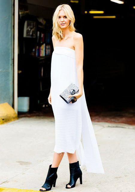 Parisienne: open-toe heels