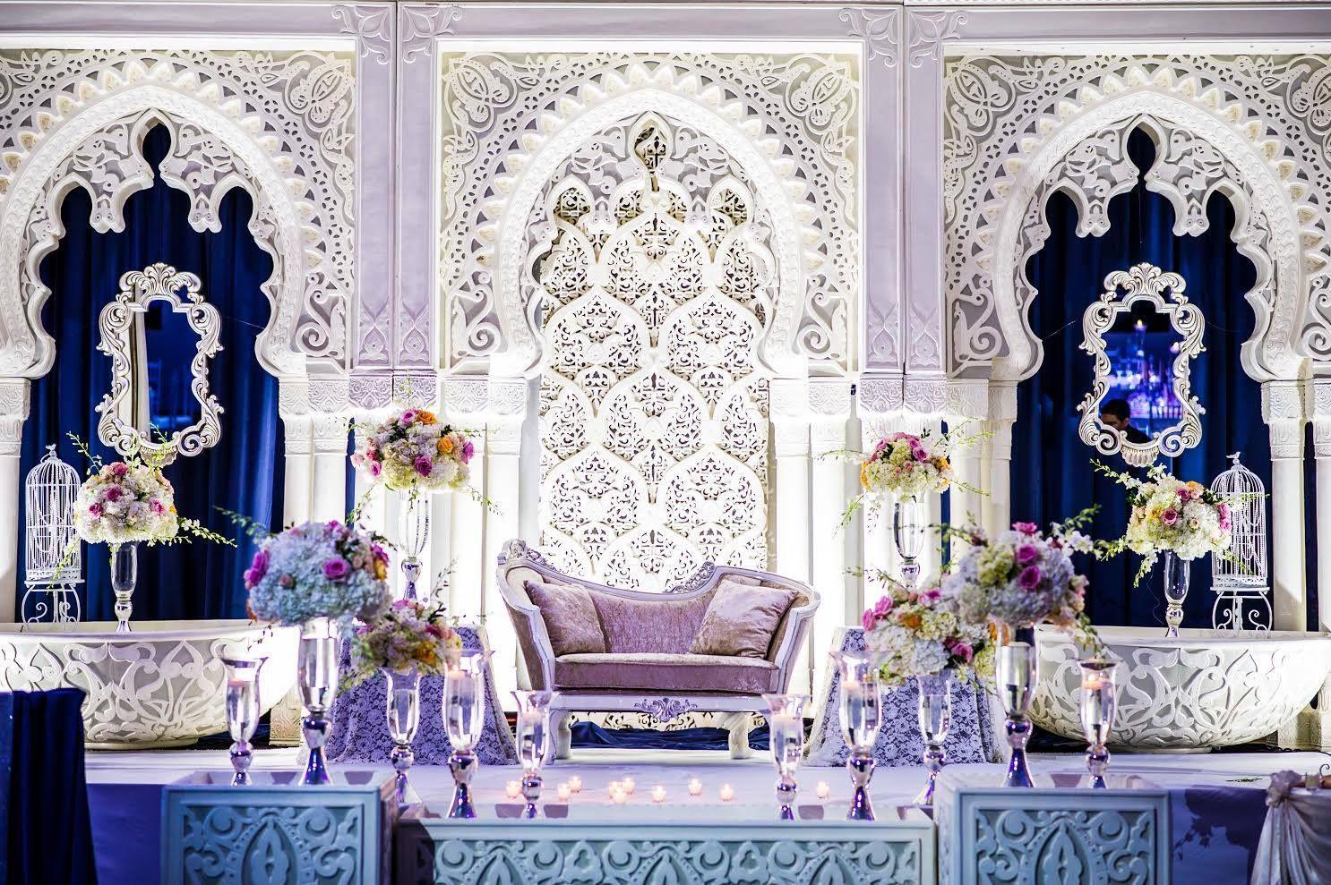 Pin by Gulnaz Sajid on wedding | Wedding stage design ...