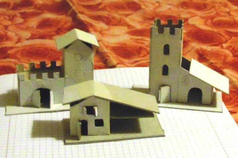 Casette presepe comune cartone casetta fai da te mania for Modelli di case da costruire