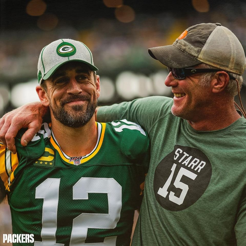 Brett Favre And Aaron 9 15 2019 Vikings Vs Packers In 2020 Green Bay Packers Football Packers Football Green Bay Packers Wallpaper