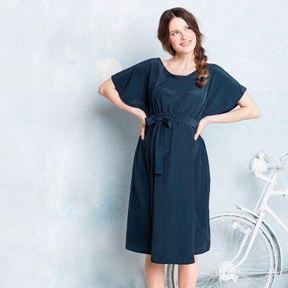 06929759a7 Zart fließendes Umstands-Kleid | 2hearts bei baby-walz | Pinterest ...