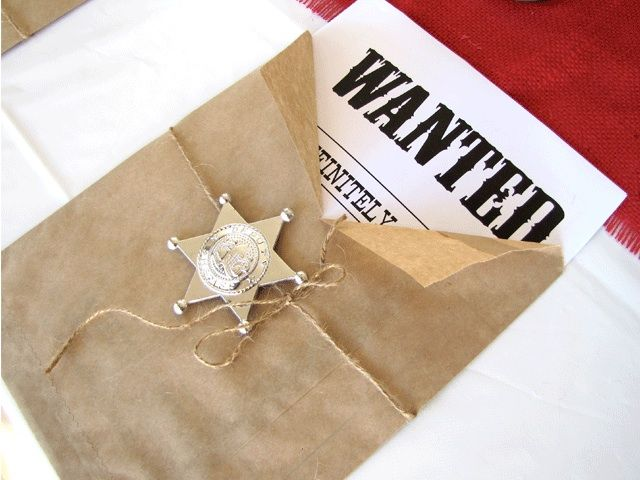Sheriff callie Wild West Party Wanted Poster envelope