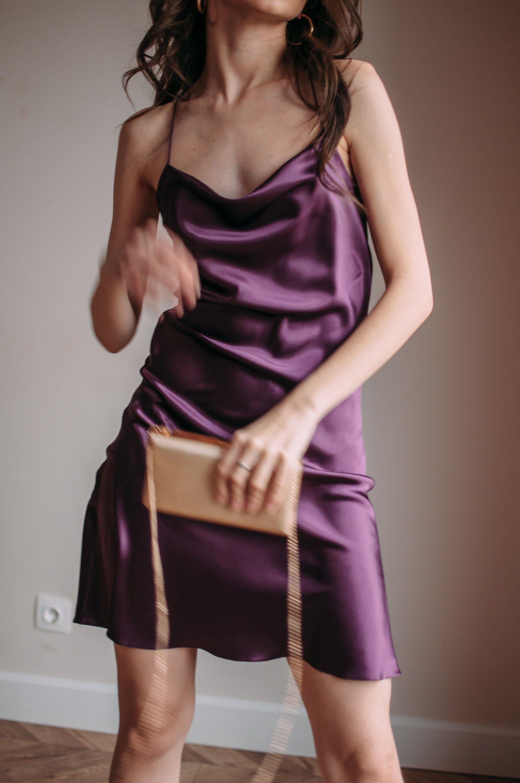 Pin By Ilustrarthur Stro Sab On Satin Silk Slip Dress Velvet Dresses Outfit Purple Dress Outfits [ 3000 x 1992 Pixel ]