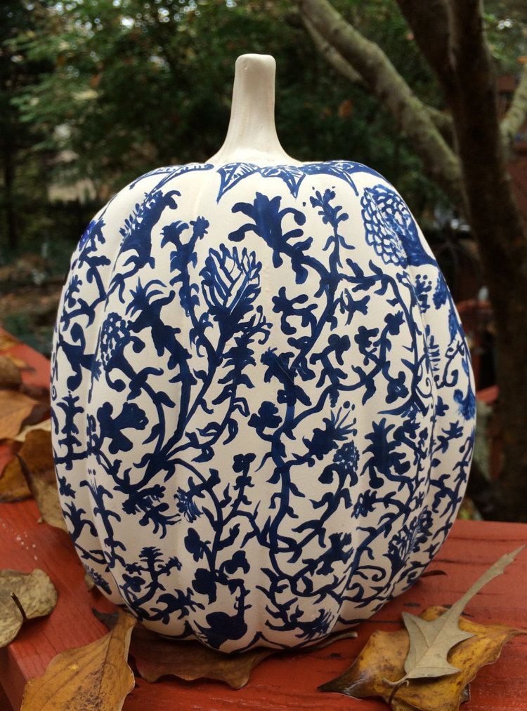 Cobalt Blue & White Chinoiserie 8 1/2 Ceramic by CatsCovers