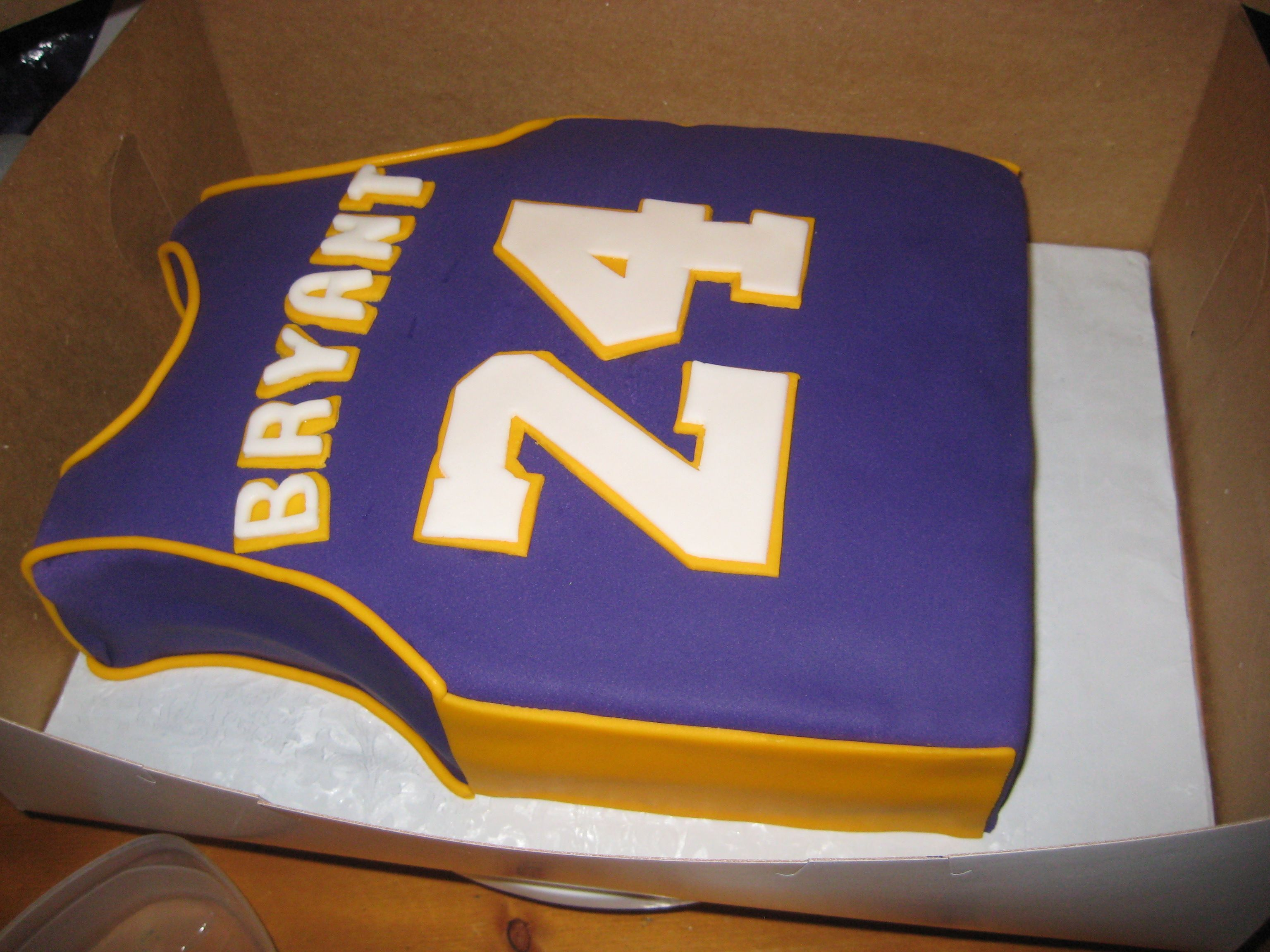 lakers lakers sheet cake fondant Custom birthday cakes