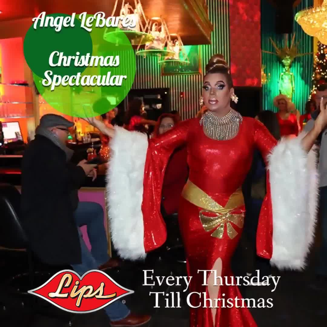 Every Thursday till Christmas Chicago's 1 Diva Miss Angel LeBare hosts Lips Christmas Spectacular - $24.95 for the holiday dinner and show package......  Make reservations now  212-729-3918  #xmas #love #holidays #holiday #gift #fashion #christmastime #santa #instagood  #chicago #chicagogram #streeterville #chicagodowntown #lipschicago #mccormickplace