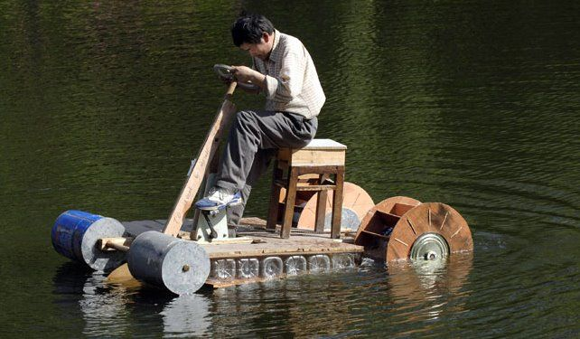 DIY Boat – THis guy makes a Paddle Boat for under $20 | Amazing Re ...