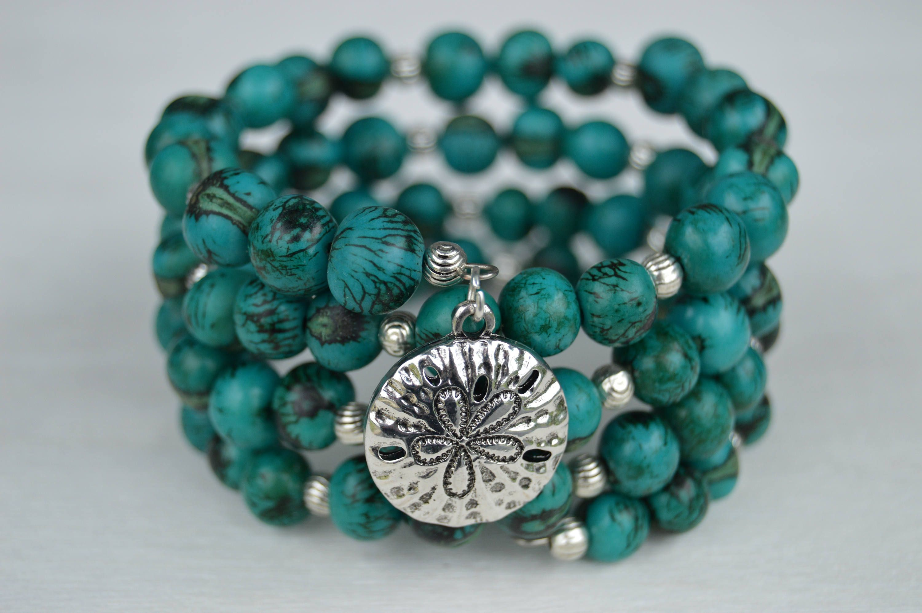 Handmade Tiger Turquoise Acai Seed Beaded Memory Wire Bracelet ...
