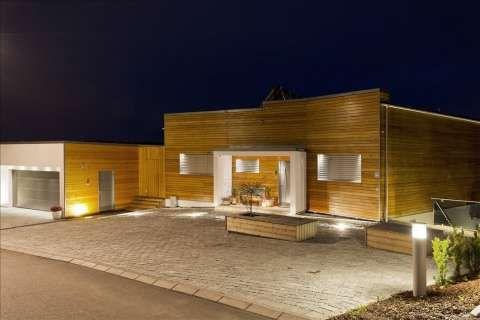 Eksklusivt på Ambjørnrød - Passiv-/aktivhus bygget i funkis stil, smarthus, egen leilighet - FINN.no mobil