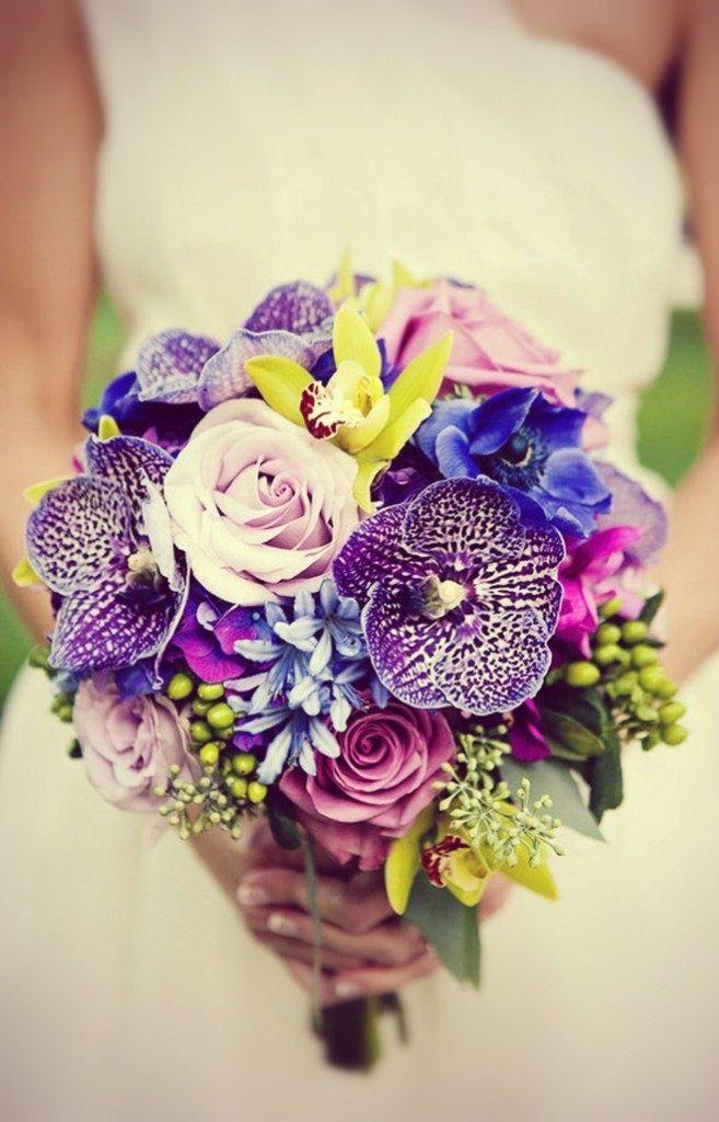 Букет невесты орхидей фиолетовых, цветочная база в тюмени адреса