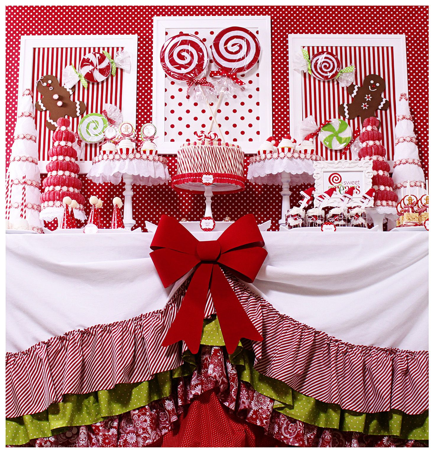 Candy Christmas Party {Christmas Party Theme} This Candy Christmas Party  Table Features Lots Of DIY Projects And Ideas Including Styrofoam  U201ccandies,u201d Santa ...