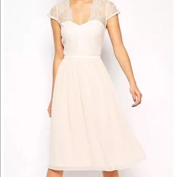 ASOS Scallop Lace Edge Midi Dress Sz4 Like new! Sz4 ASOS Dresses Midi