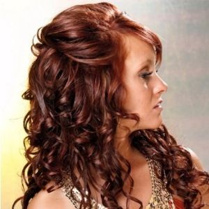 Pin By Whitney Phelps On Fashion Prom Hairstyles For Long Hair Hair Styles Curly Hair Styles