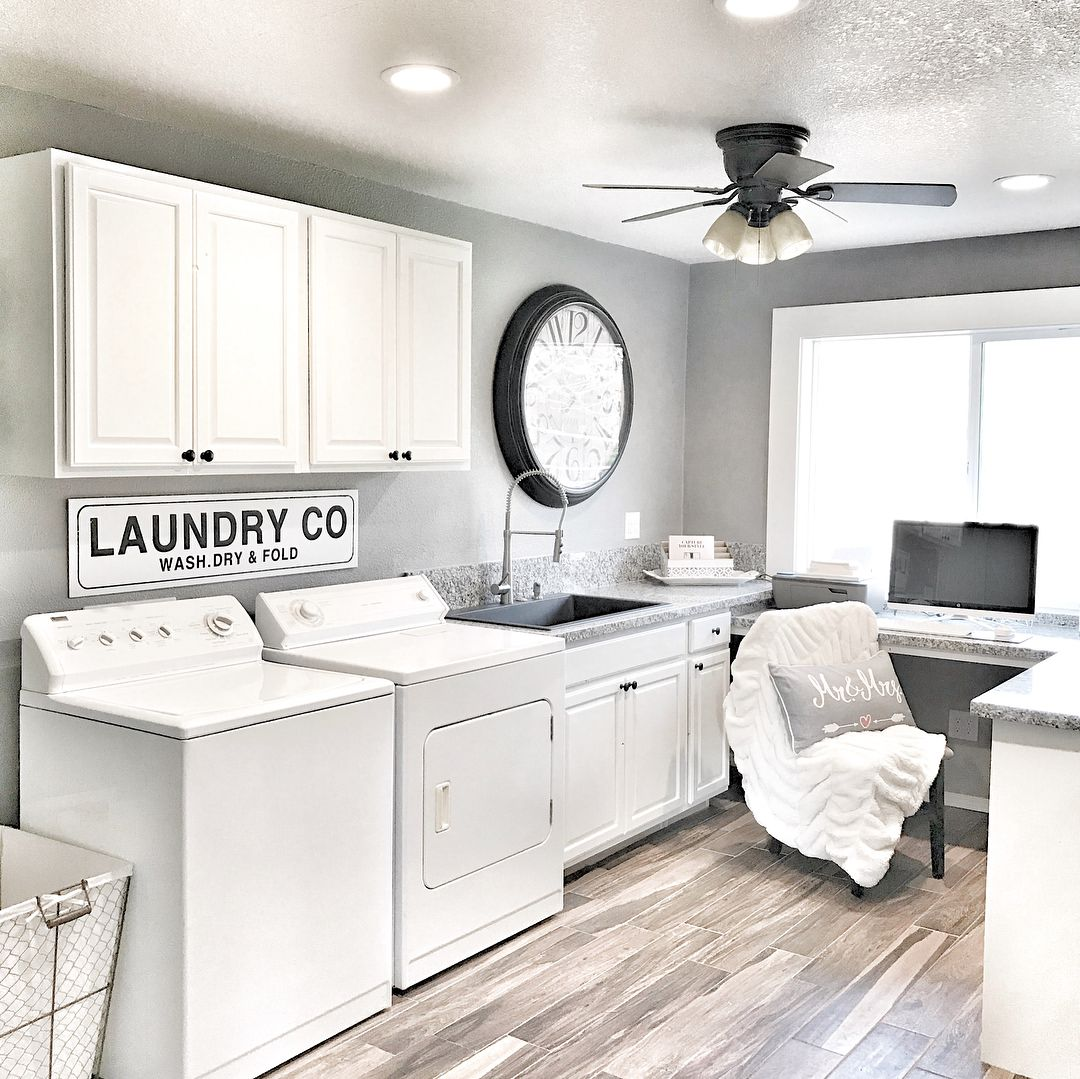 Laundry room goals right here This functions as a laundry