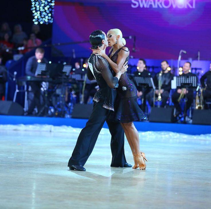 Бальные танцы танцевальные клубы москвы клуб патриот бои москва