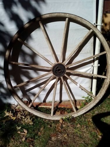 "OLD WAGON WHEEL 48"" ROUND WITH 2"" RUSTY METAL BAND METAL HUB WOOD SPOKES SOLID"