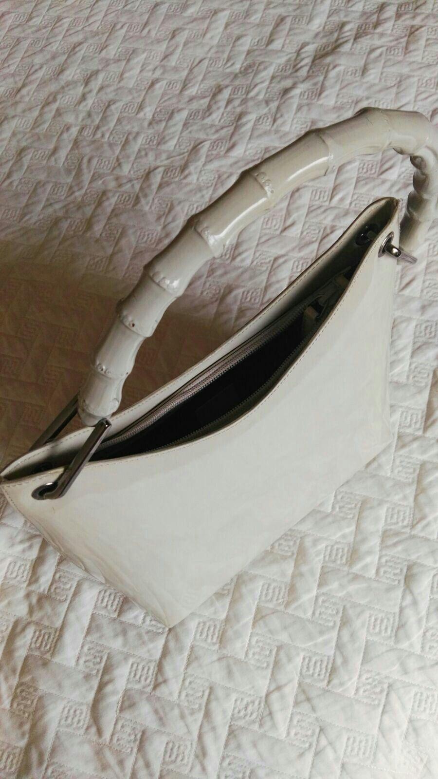 ee180710d9 Bellissima borsa usata, autentica Gucci, in pelle colore nocciola chiaro,  manico in bamboo