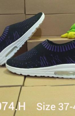 K 074 H Sepatu Dan Wanita