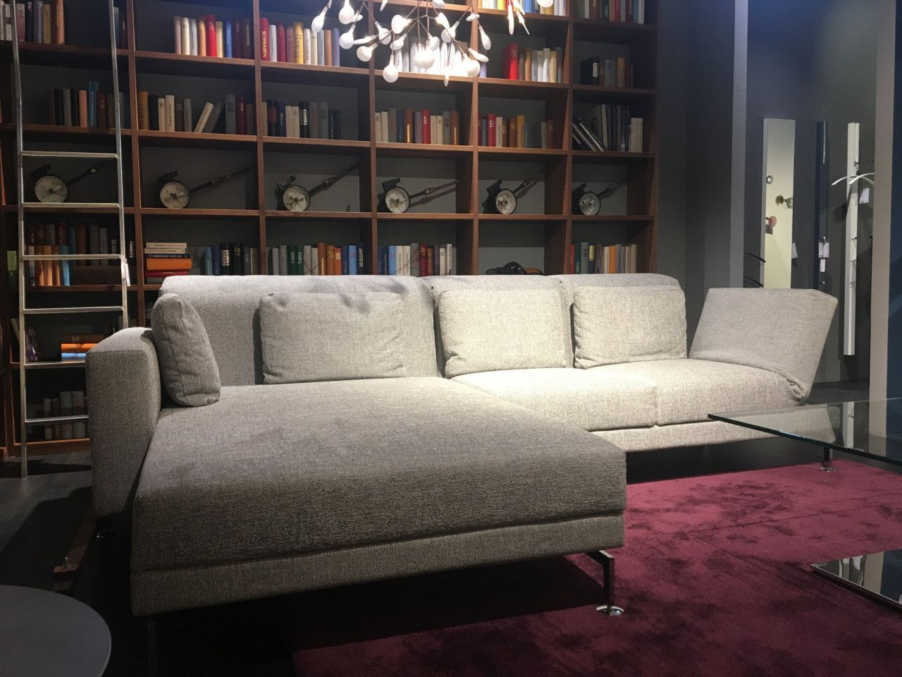 Sofa Moule Von Brühl In Stoff Grau Einrichtung Designermöbel Couch Lifestyle Homedecor Interior Interiordesign Wohnzi Home Decor Regal Einrichtung